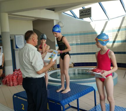 Zakończenie roku szkolnego na basenie