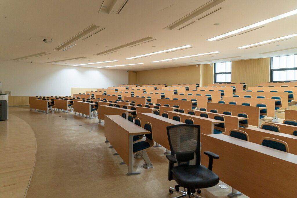 changbok ko F8t2VGnI47I unsplash 1024x684 - Szkoły w Gminie Wadowice będą jeszcze nowocześniejsze!