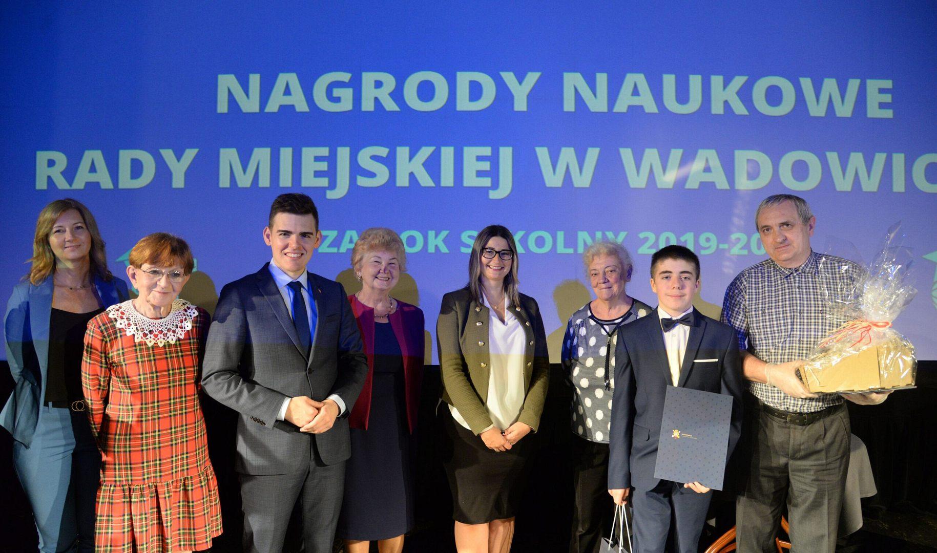 6 tysięcy złotych na nagrody pieniężne dla naszych uczniów
