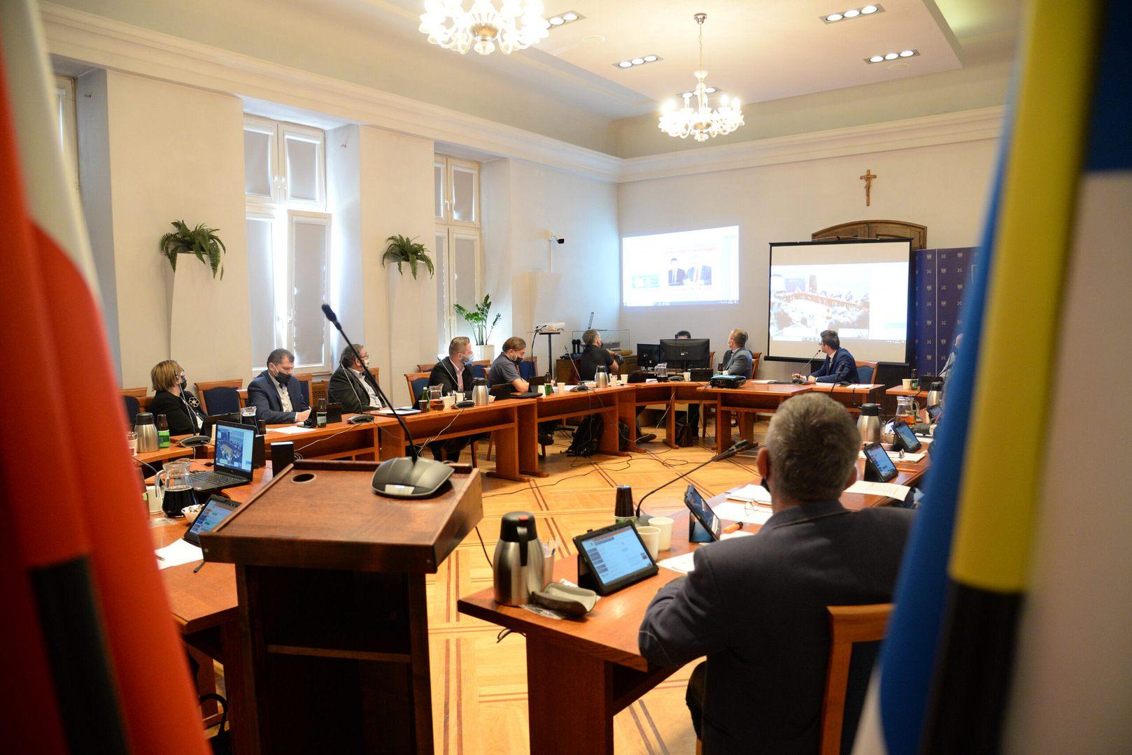 Wotum zaufania i absolutorium dla burmistrza Wadowic [VIDEO]