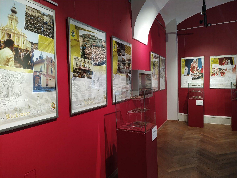 Muzealna ekspozycja na papieski jubileusz