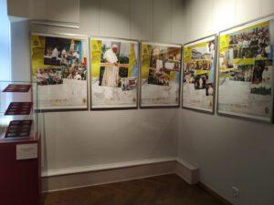 Spotkania z JP2 4 002 300x225 - Muzealna ekspozycja na papieski jubileusz