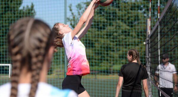 Turniej w siatkówkę na Orliku