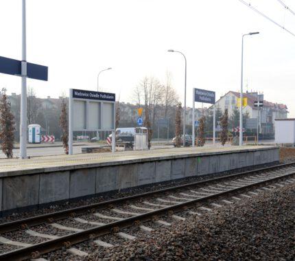 Nowe perony w Wadowicach czekają na podróżnych
