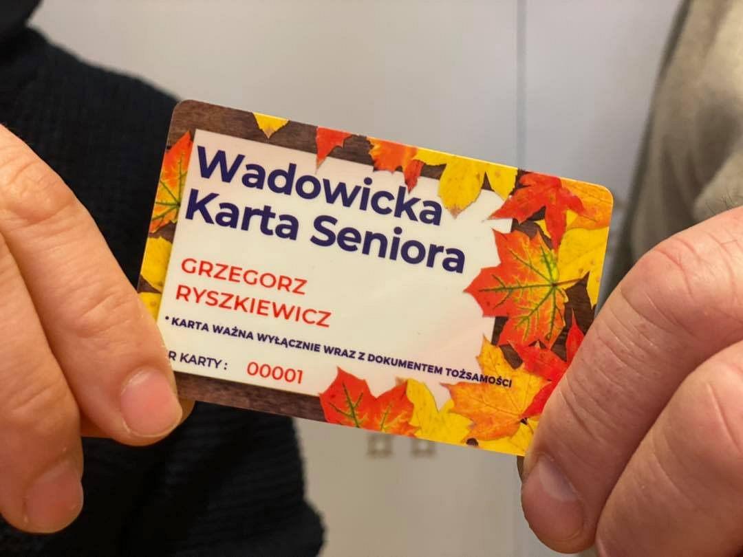 Zniżki na zakupy dla posiadaczy Wadowickiej Karty Seniora