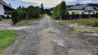 """Będzie projekt przebudowy drogi na """"Pniaki"""""""