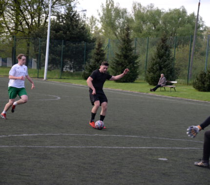 Trwa piłkarska uczta z Galicjanką